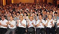 党長崎県本部主催の被爆70年平和講演会に参加した党員ら=9日 長崎市