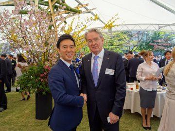 桜のオーストラリア大使館を訪問
