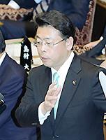 質問する西田氏=3日 参院予算委