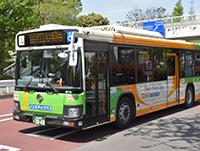 都営バスは、全車両がノンステップ化され、安心して乗れます