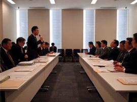 (党農林水産部会で収入保険等について議論 2016年10月)