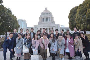 埼玉県の大学生の方々が国会に(6日)、こういう機会をもっと増やしたいです。
