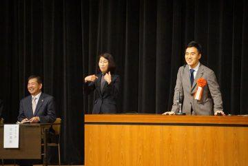 3日、河田こうめい羽生市長の市政報告会に公明党を代表して参加、挨拶しました。