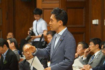 国会も終盤、連日、国会質問(4日は決算委員会でURの高齢者家賃問題と東埼玉道路を、5日は経済産業委員会で省エネ問題を約一時間。