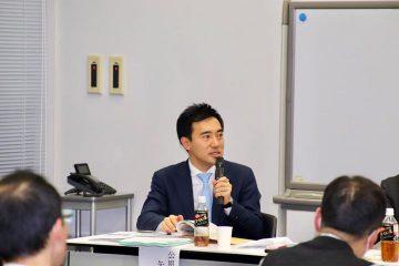埼玉県税理士会政治連盟の会合で、個人事業主の事業承継税制や、償却資産にかかる固定資産税の申告期限などについて講演